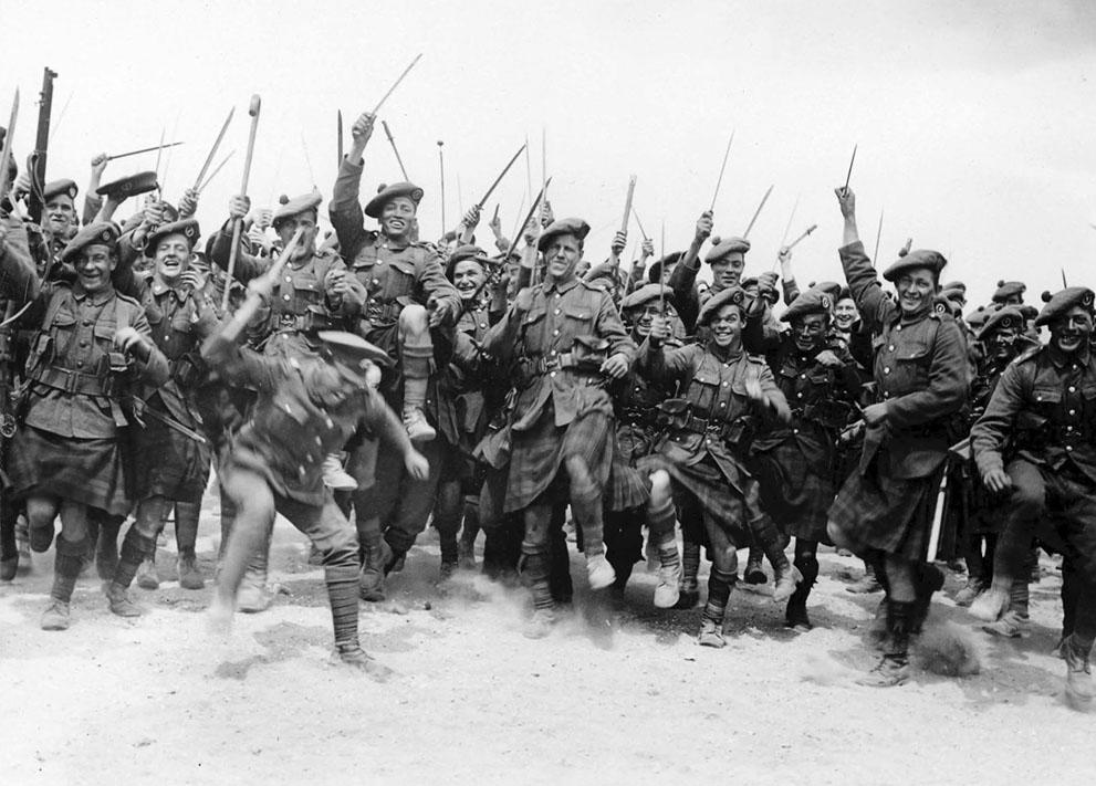 4 World War 1 Russian Soldiers